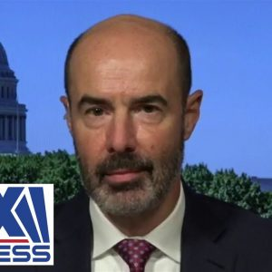 Ex-Trump labor sec. reacts to Biden saying jobs are better under him
